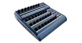BEHRINGER BCR2000 B-CONTROL ROTARY MIDI контролер USB/MIDI