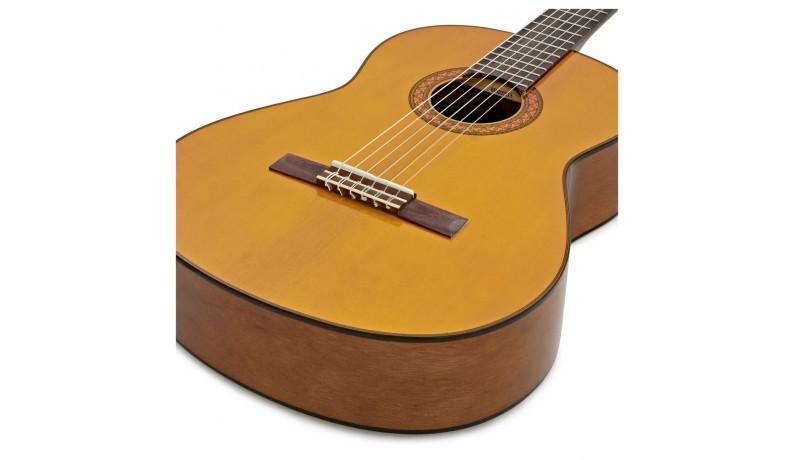 YAMAHA C70 Класична гітара