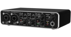 BEHRINGER UMC204HD Аудіоінтерфейс USB 2х4